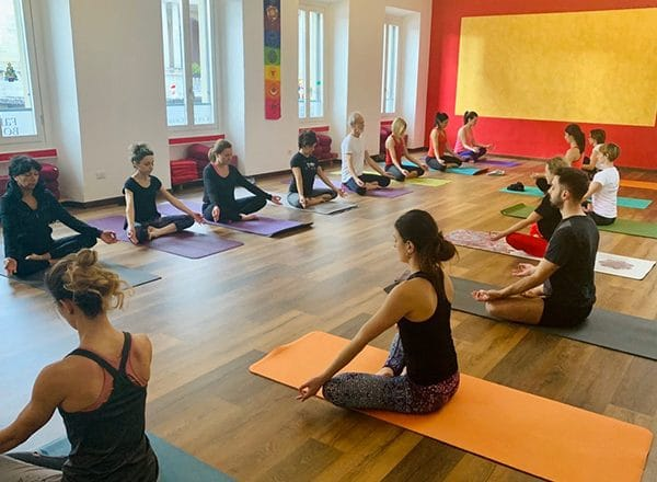 Yoga principianti Karmachakra Gallarate